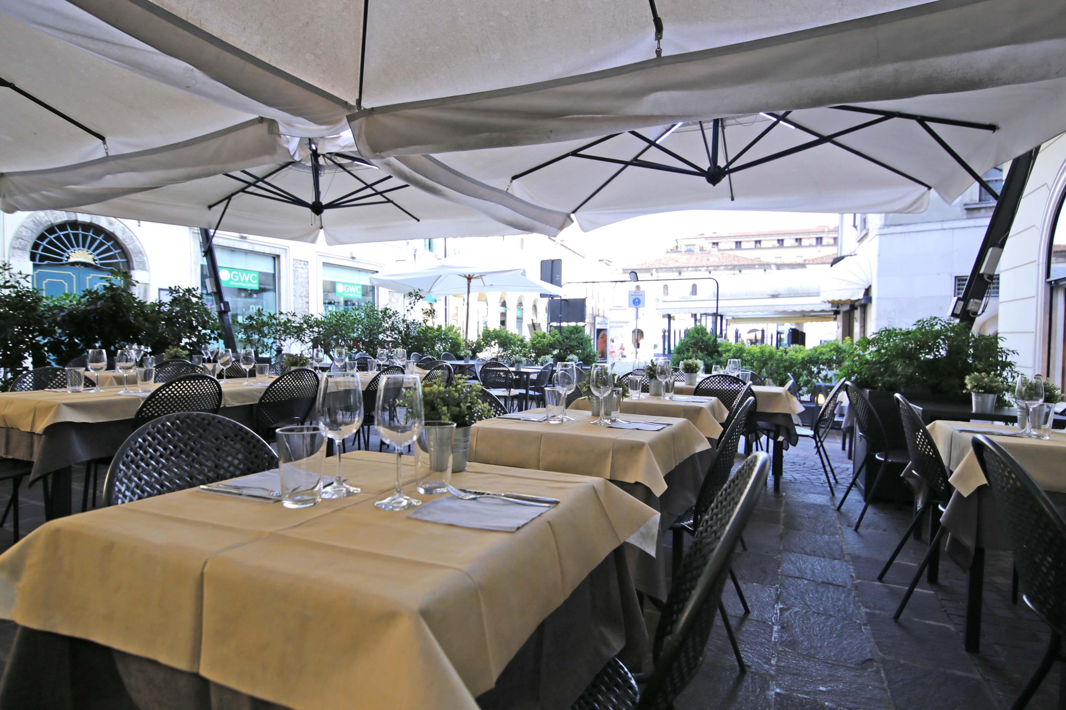 Caff floriam restaurant dia brescia centro storico brescia a tavola - Caffe cucina brescia ...