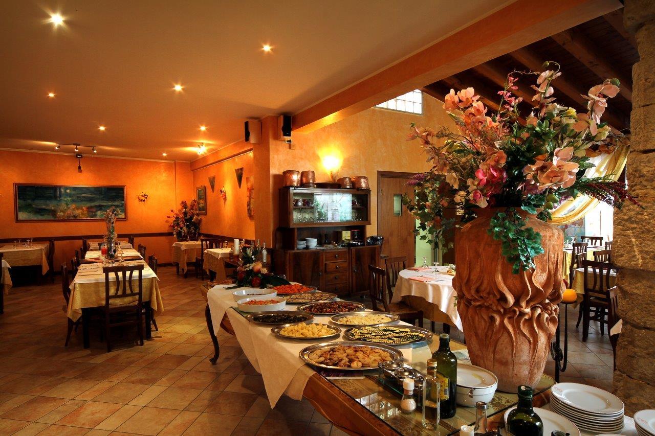 Ristorante al borgo antico di bedizzole consigliato brescia a tavola - Ristorante borgo antico cucine da incubo ...