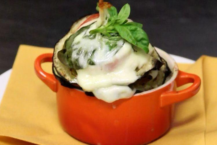 Millefoglie di melanzane con pomodoro e mozzarella | Caffè Floriam Restaurant - Brescia