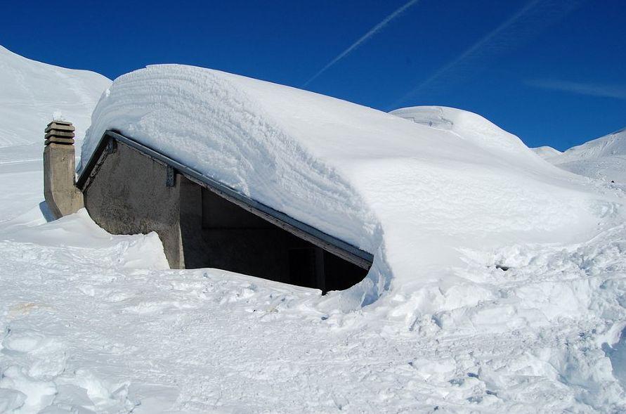 Passeggiate nella neve sulle montagne di Brescia