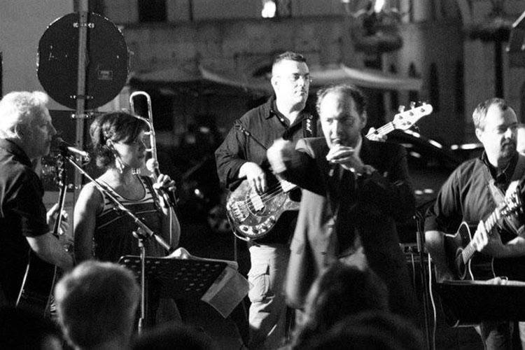Musica in via Gasparo con Stefanino Meraviglia Orchestra
