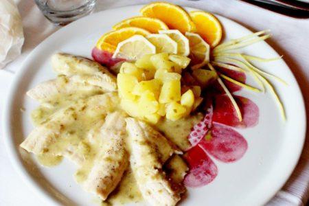 Filetti di persico reale del Garda in guazzetto di limone, capperi e patate - La Rocca Contesa
