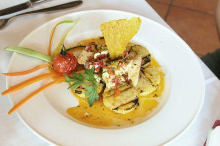 Luccio in salsa alla Mantovana con polenta di mais antico rosso - La Rocca Contesa