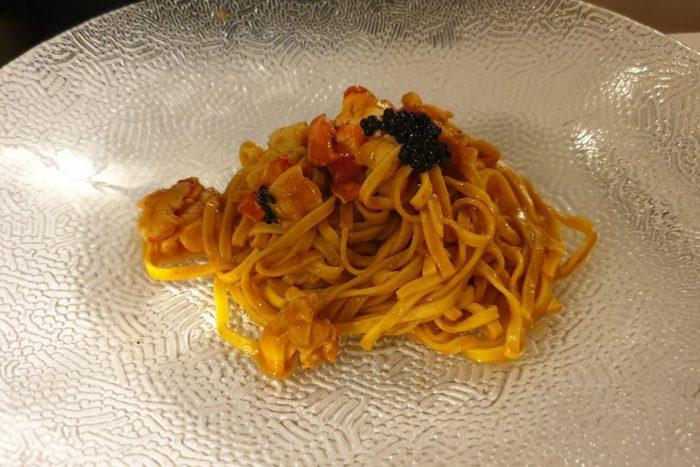 Tagliolini all'uovo con astice e tartufo - Hostaria Cosmopolitan - Brescia